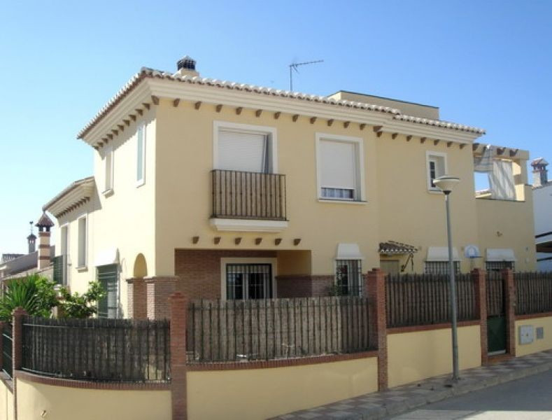 Villa - ejendomsmægler i Almayate