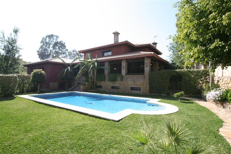 Villa - ejendomsmægler i Mijas Costa