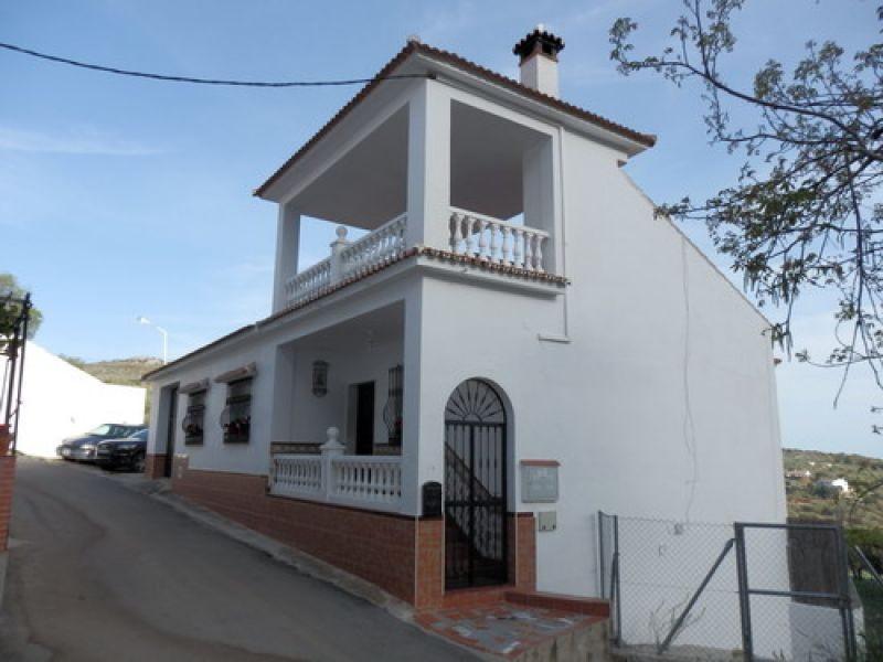 Rækkehus - ejendomsmægler i Periana