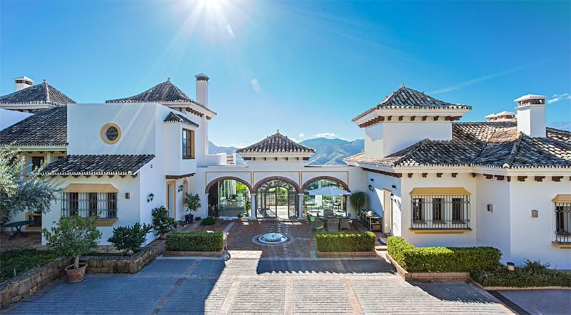 Villa - real estate in La Zagaleta