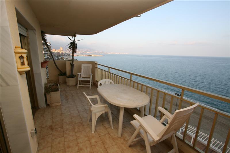 Apartment - real estate in Fuengirola