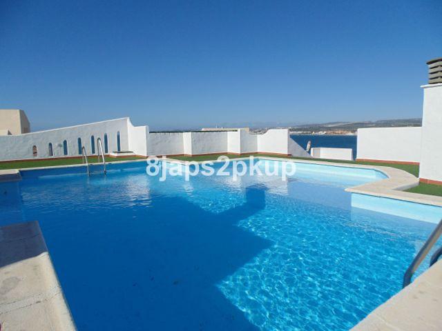 Top Floor Apartment for sale in Estepona