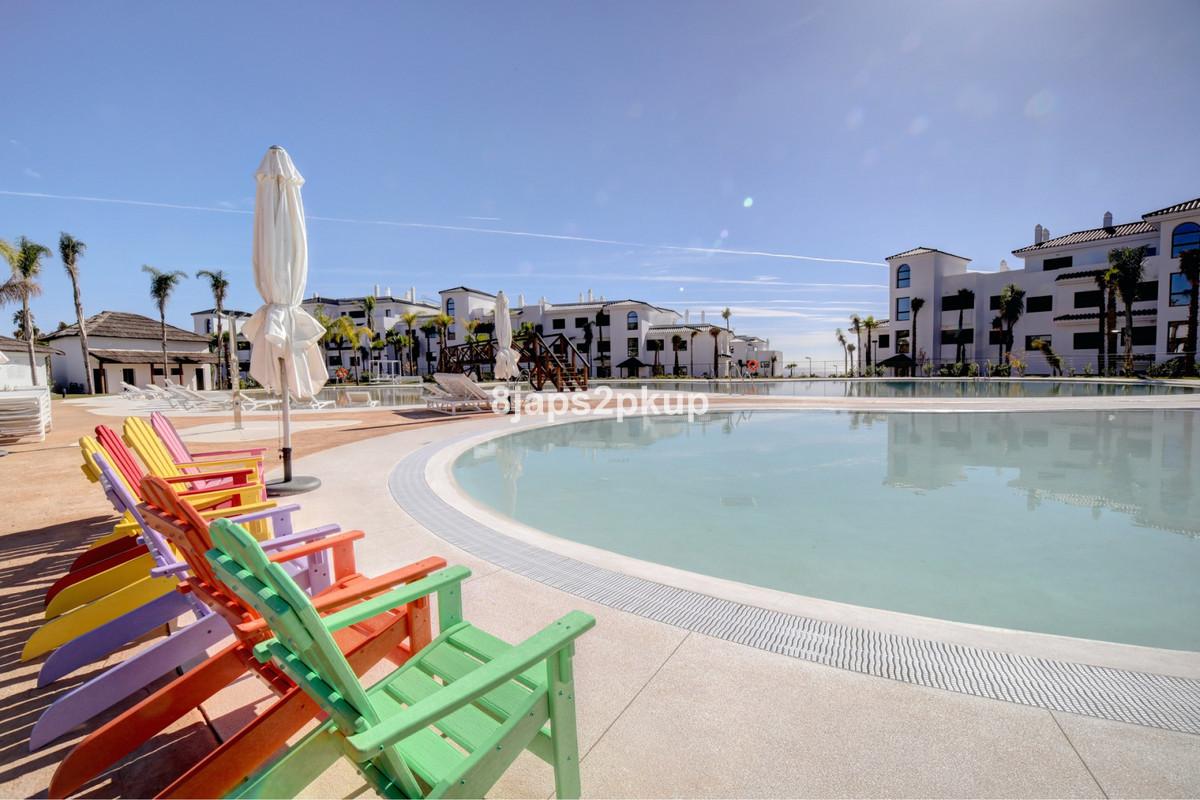 Top Floor Apartment, Estepona, Costa del Sol. 3 Bedrooms, 3 Bathrooms, Built 212 m², Terrace 136 m².,Spain