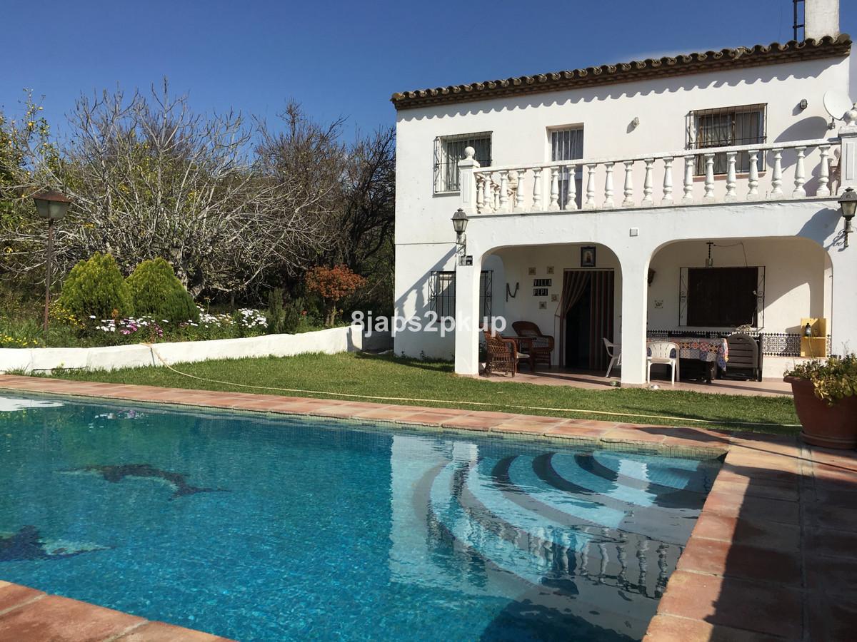 Villa  Finca en vente   à Estepona