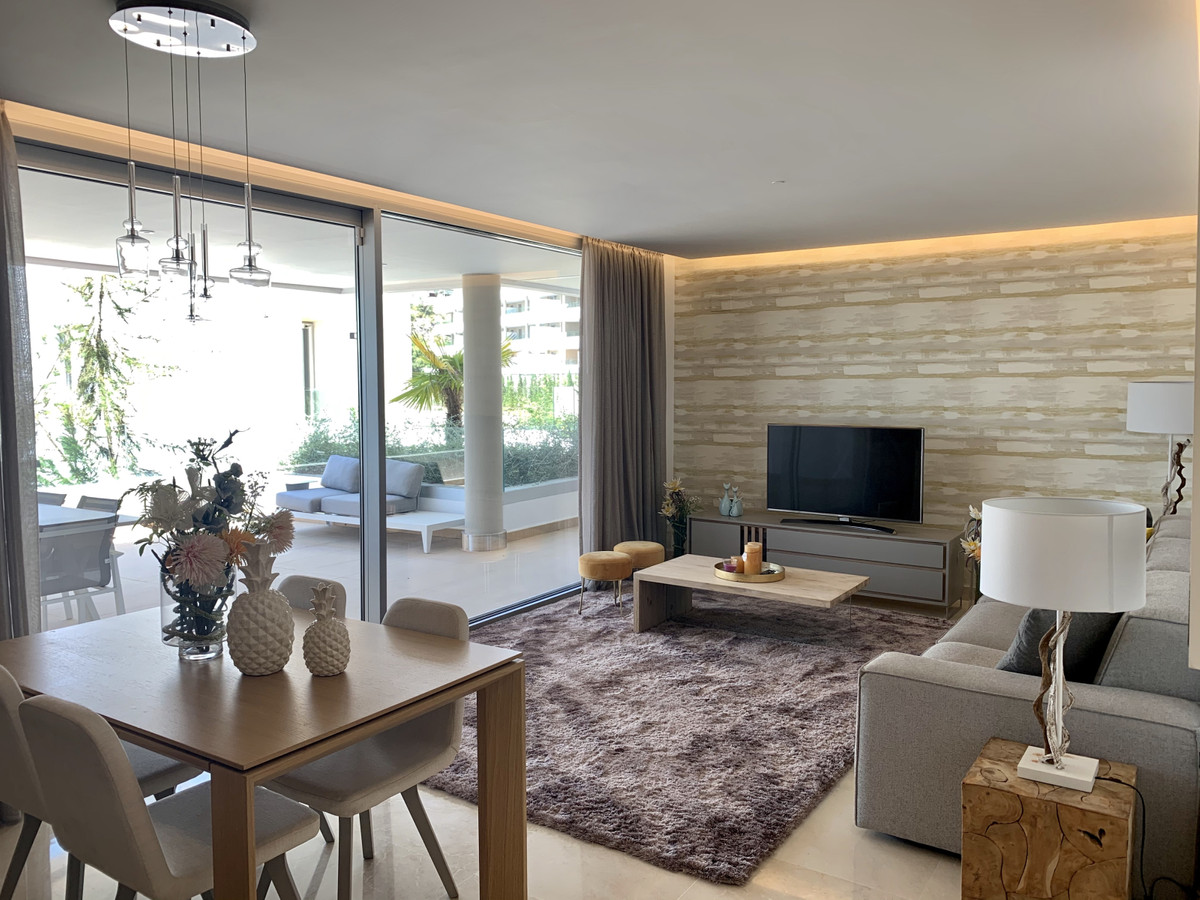 Exclusive brand new first floor apartment. The apartment offers 3 bedrooms with 2 bathrooms, with an,Spain