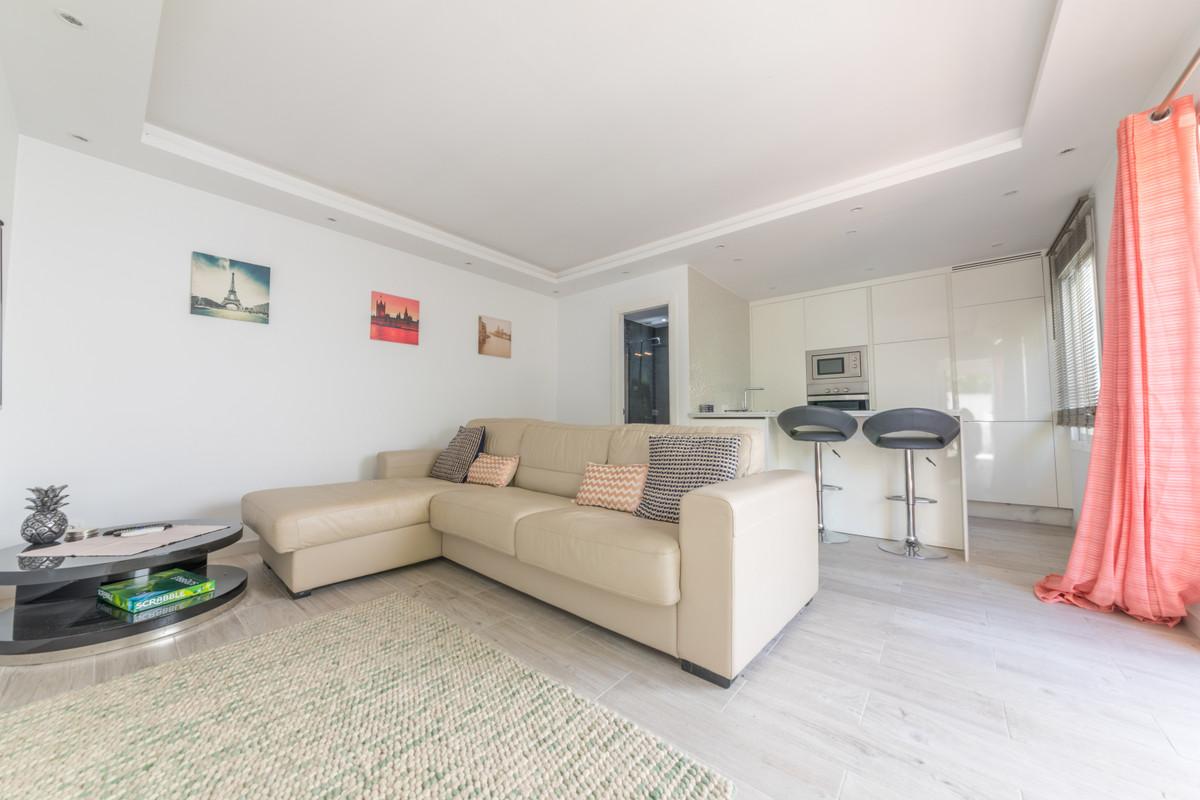 House in Estepona R3683033 2