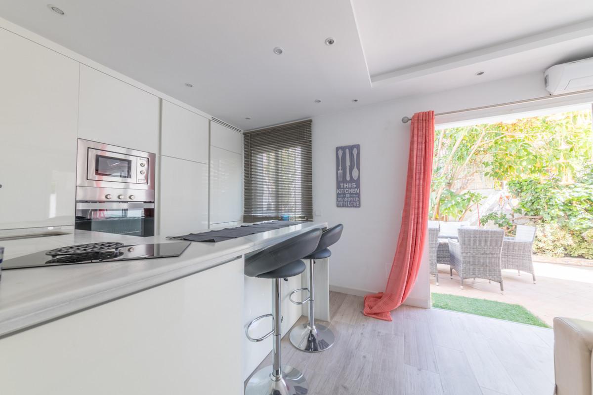 House in Estepona R3683033 3