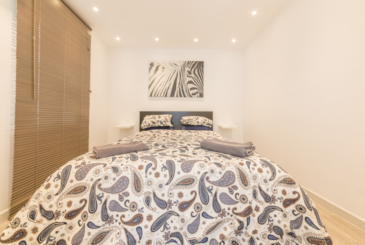 House in Estepona R3683033 5