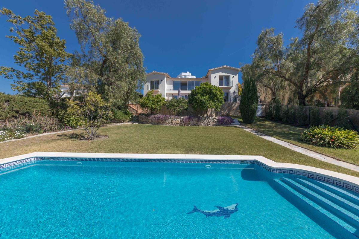 Detached Villa for sale in Guadalmina Alta R3362965