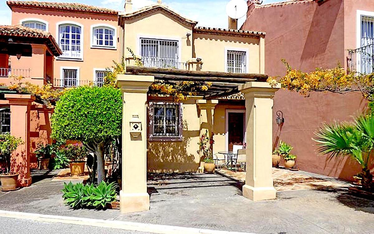 Maison Jumelée Mitoyenne à Monte Halcones, Costa del Sol