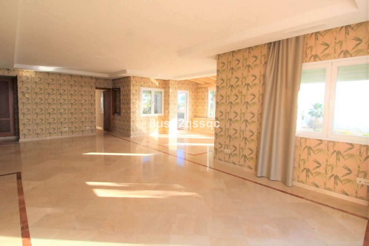 Apartamento con 4 Dormitorios en Venta Costalita