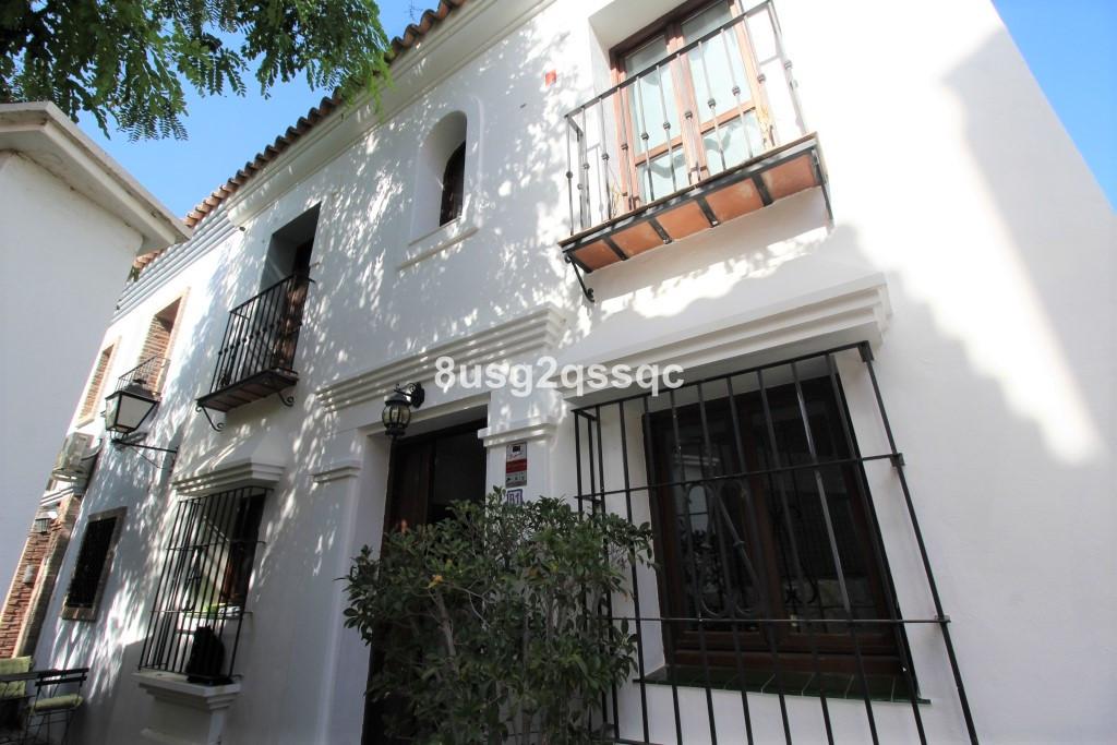 Villa for sale in Atalaya