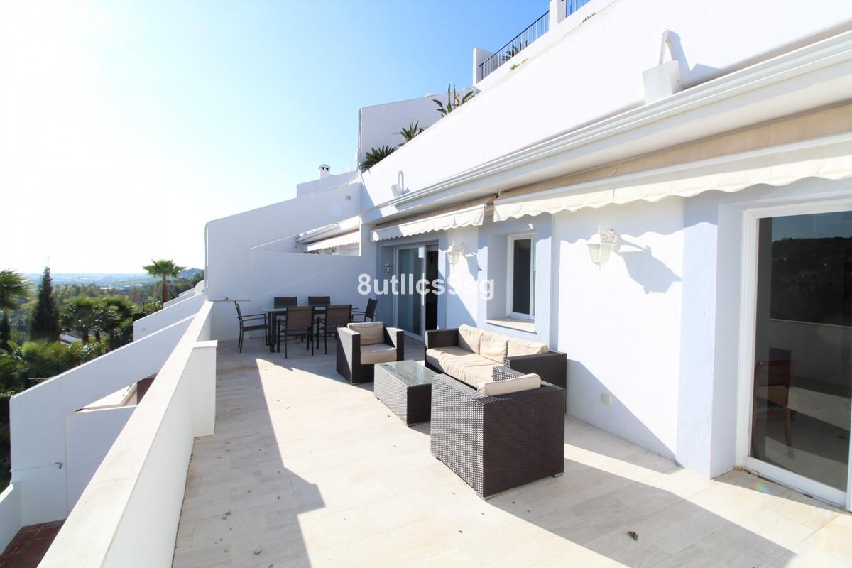 Apartament na środkowym piętrze na sprzedaż w La Quinta R3584845