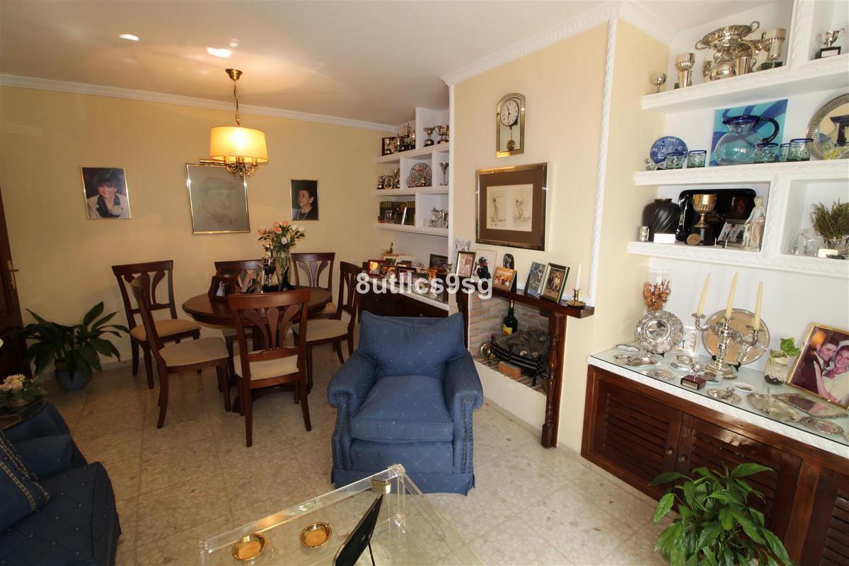 Villa Semi Detached Aloha Málaga Costa del Sol R3232882 3