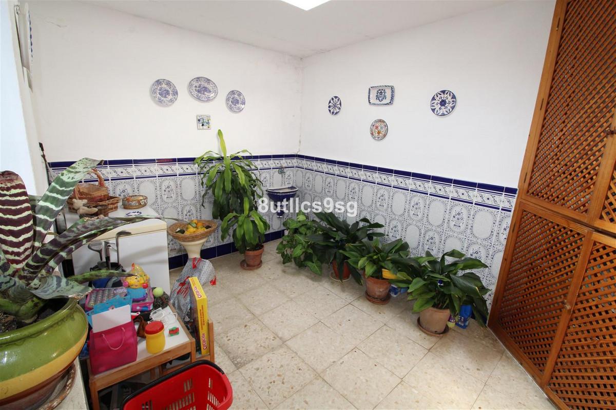 Villa Semi Detached Aloha Málaga Costa del Sol R3232882 7