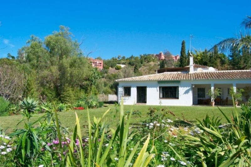 Villa - Monte Halcones