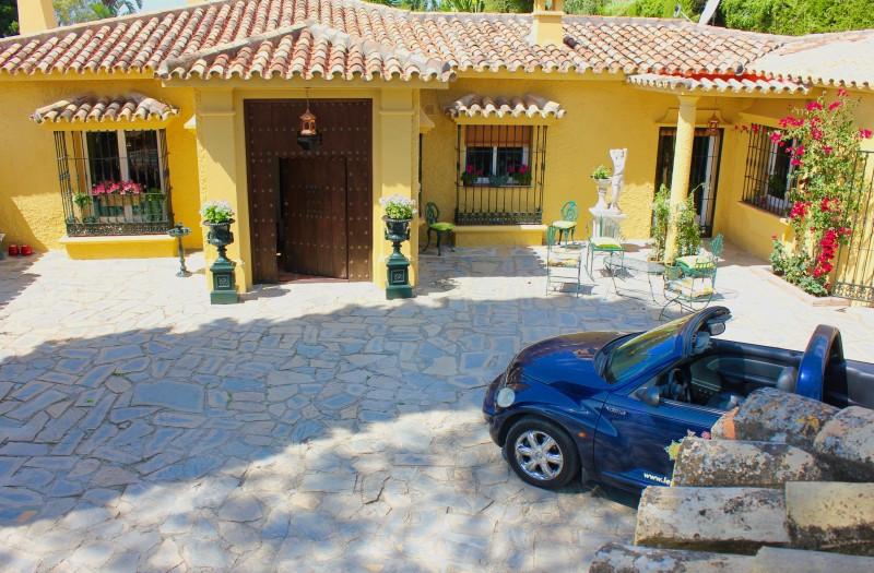 Fristående villa i Benahavís R3085270