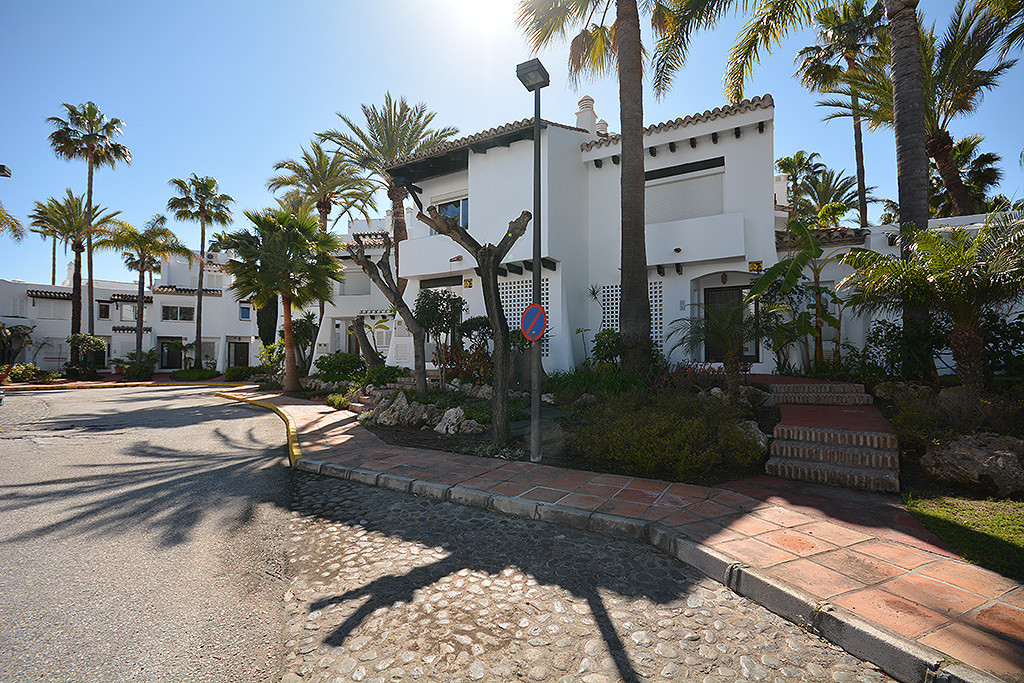 Townhouse in Costalita