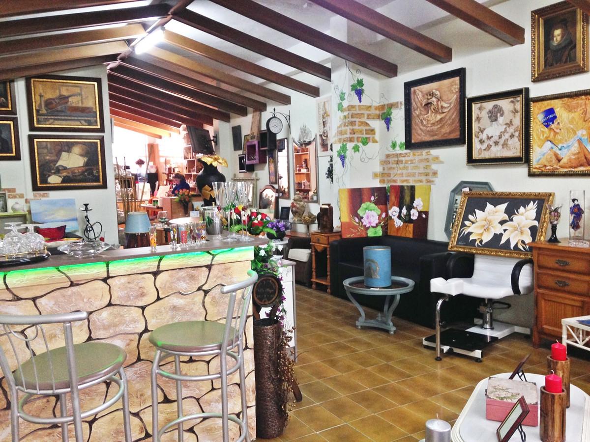 Shop - San Pedro De Alcántara