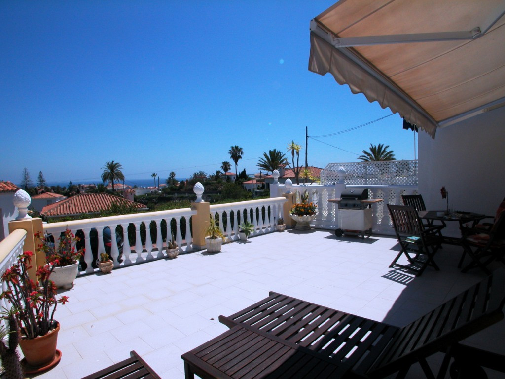 Semi-Detached House - El Faro