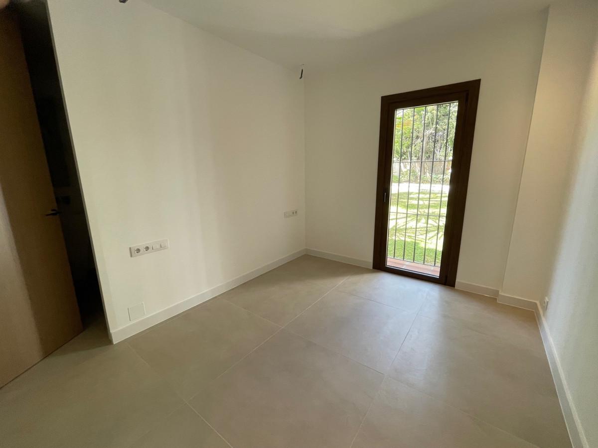 4 Bedroom Apartment for sale Nueva Andalucía