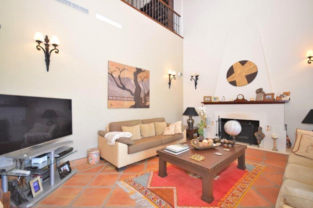 House in Istán R3206263 13