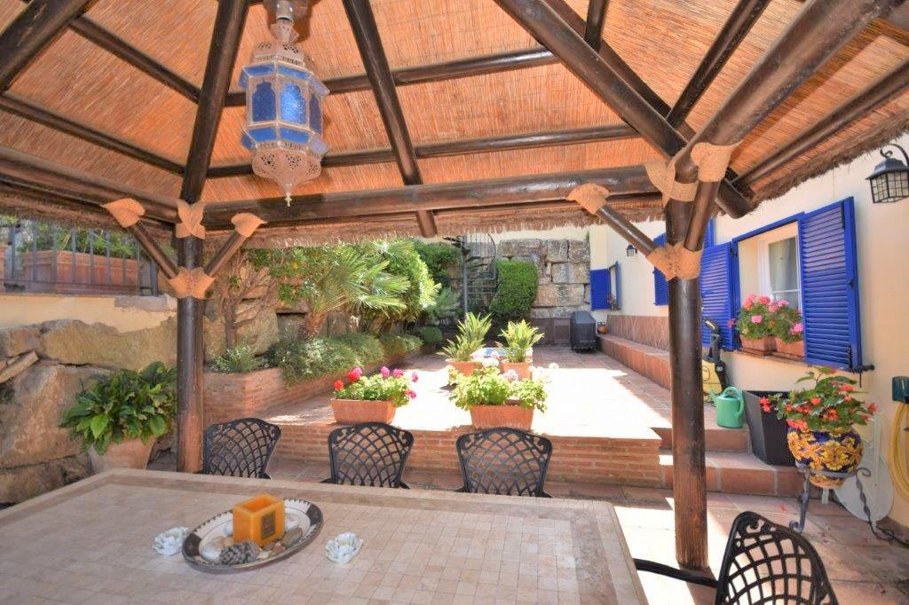 House in Istán R3206263 19