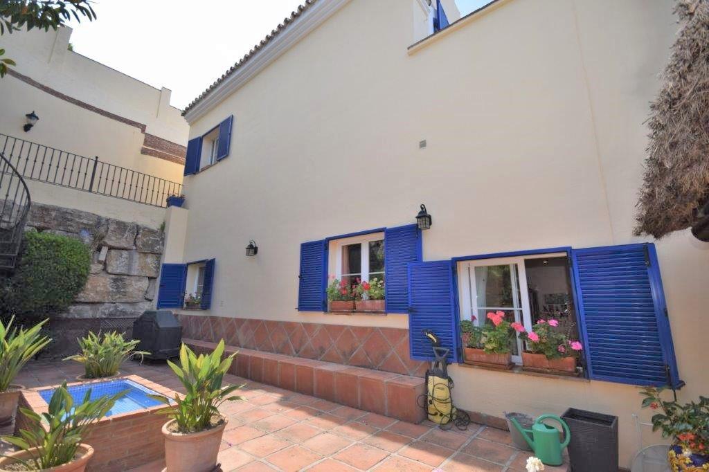 House in Istán R3206263 20