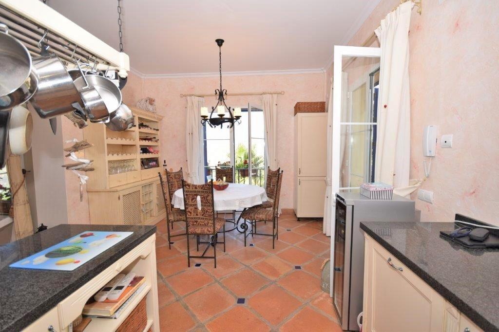 House in Istán R3206263 21
