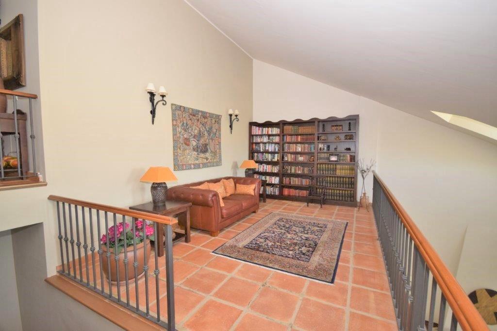 House in Istán R3206263 6