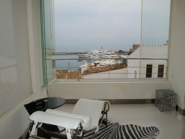 ApartmentPenthousefor salein Puerto Banús