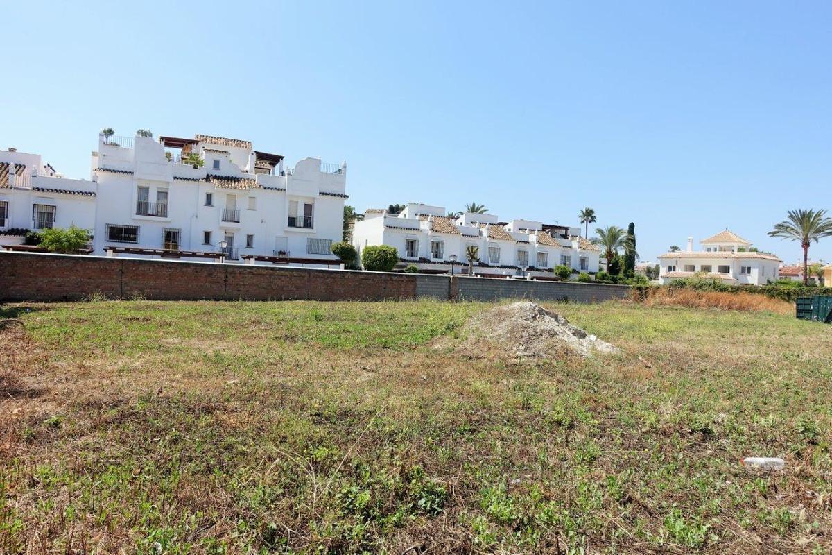 Large plot located beachside in San Pedro de Alcantara, in a residential area, next to all amenittie,Spain