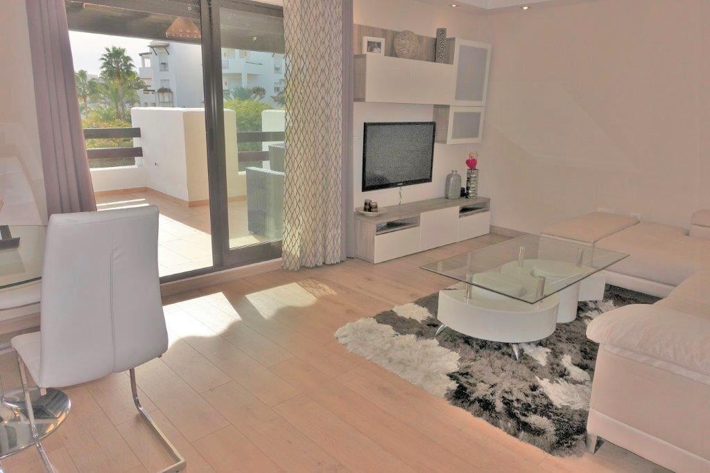 Apartment in Costalita R3076099 3