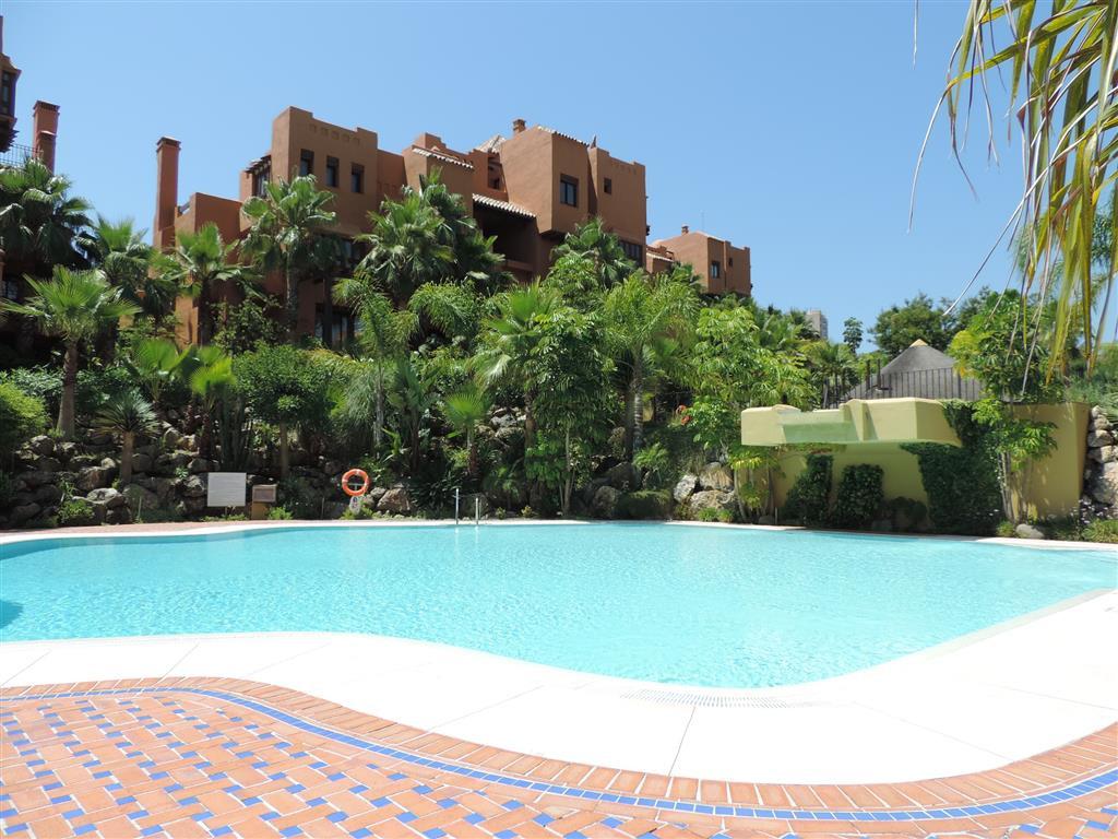 Apartment for sale in Nueva Andalucia - Nueva Andalucia Apartment - TMRO-R2019404