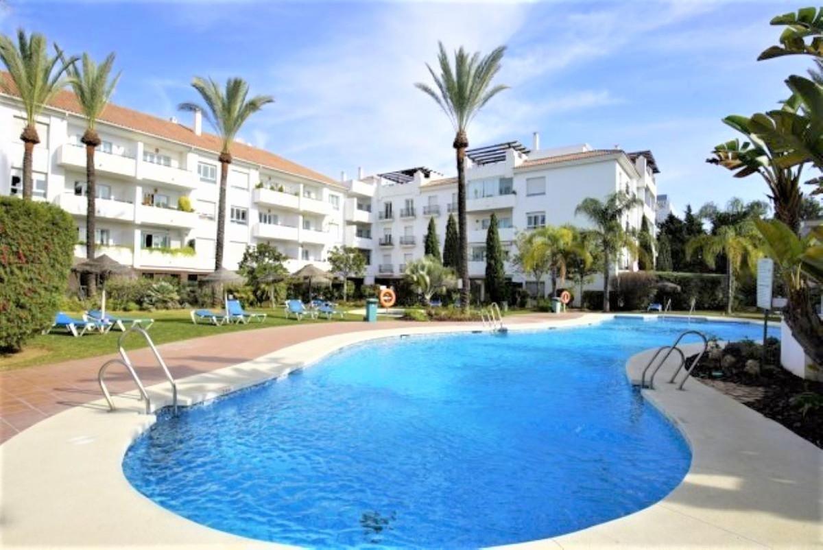 Apartment for sale in Nueva Andalucia - Nueva Andalucia Apartment - TMRO-R3295831