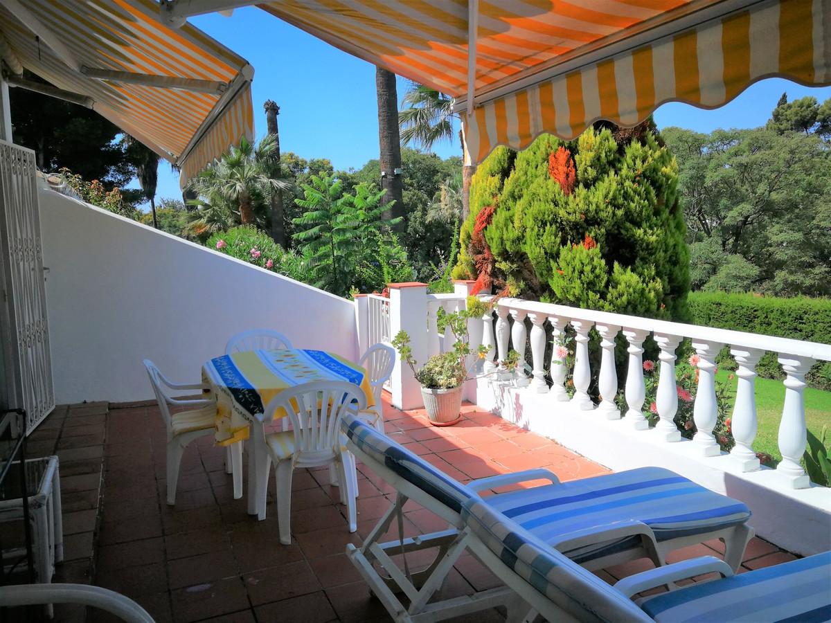 Ground Floor Apartment for sale in Nueva Andalucia - Nueva Andalucia Ground Floor Apartment - TMRO-R3240253