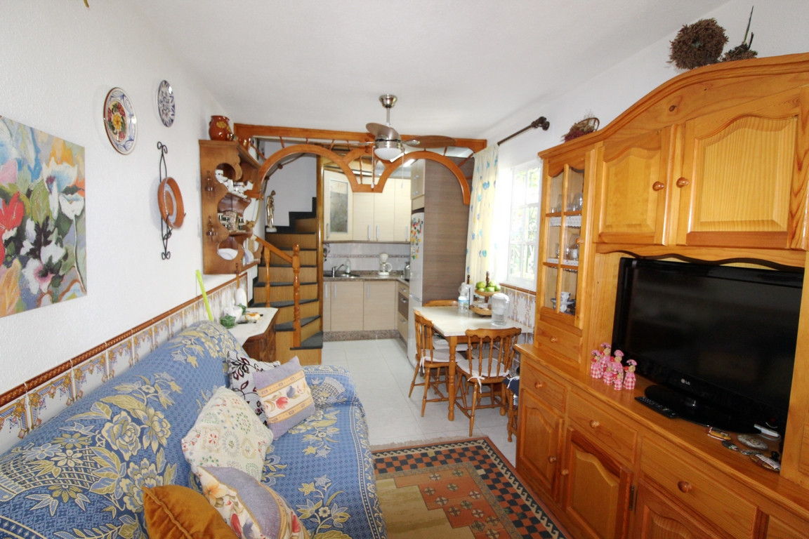 2 bed Villa for sale in Manilva