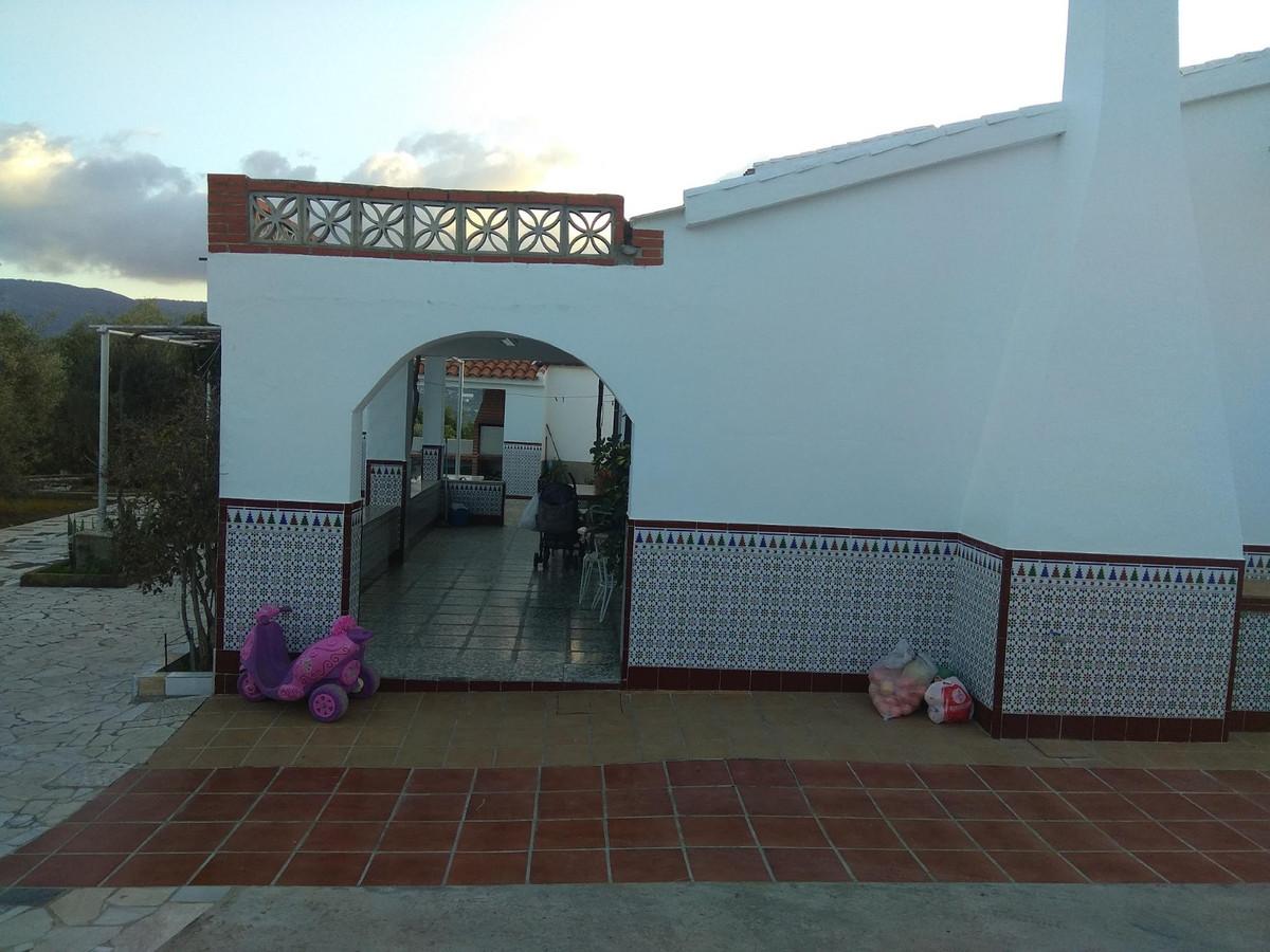 Hus in Alhaurín de la Torre R3786658 3