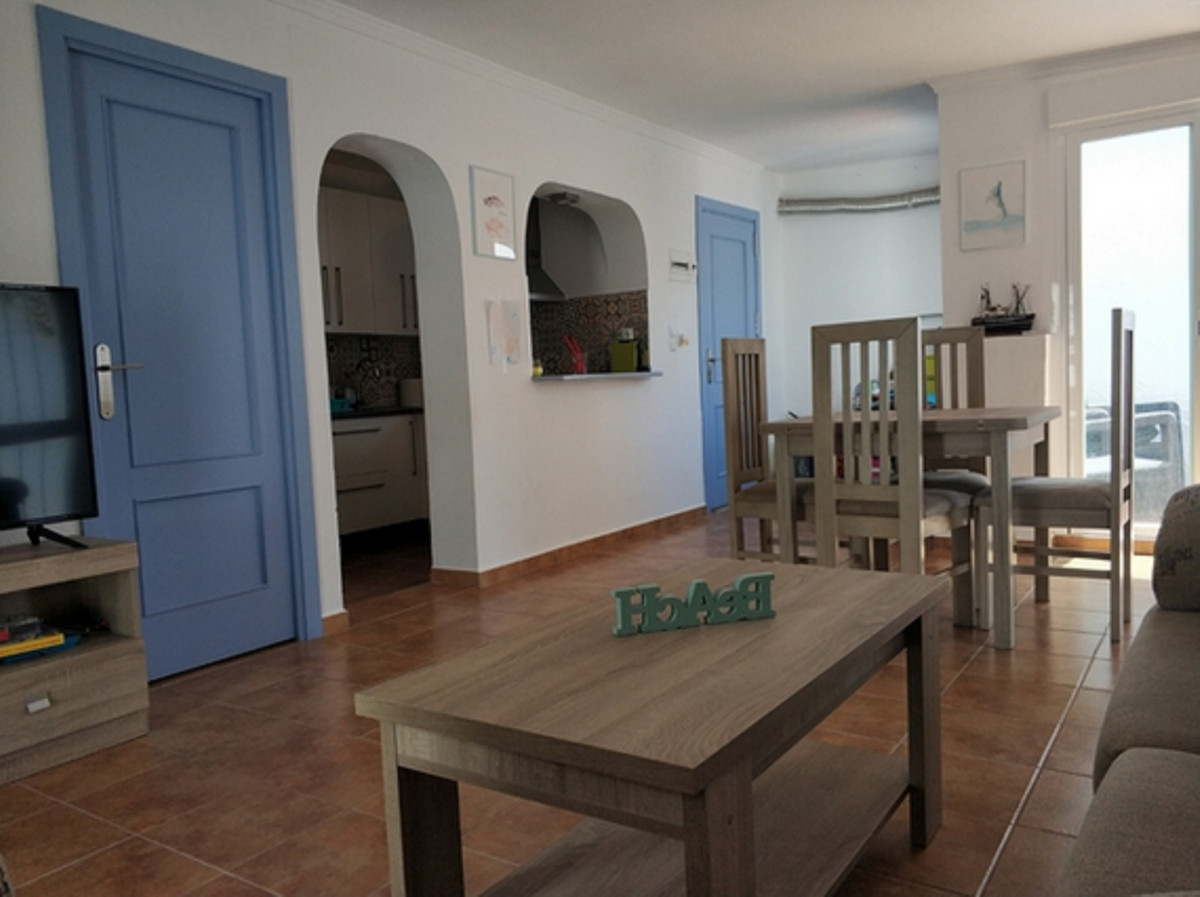 Apartment, Middle Floor  for sale    en San Luis de Sabinillas