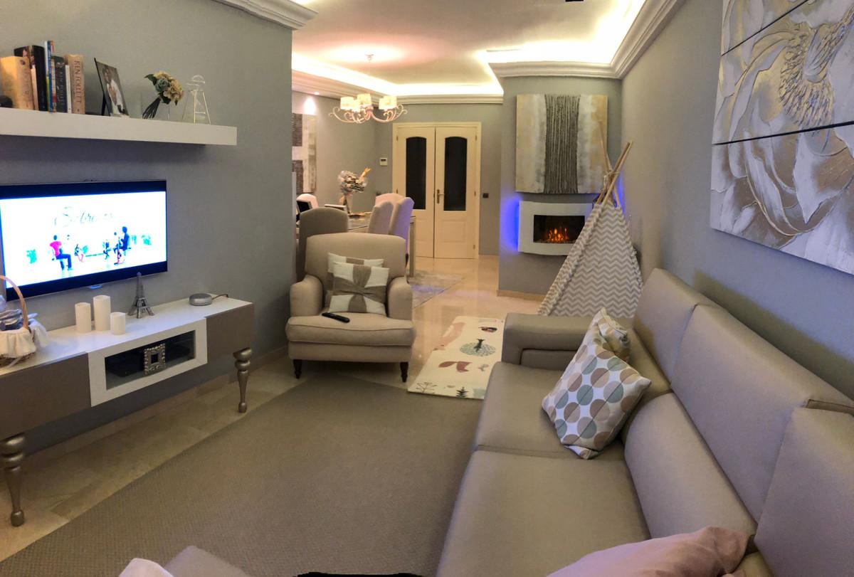 Apartment  Middle Floor for sale   in San Pedro de Alcántara