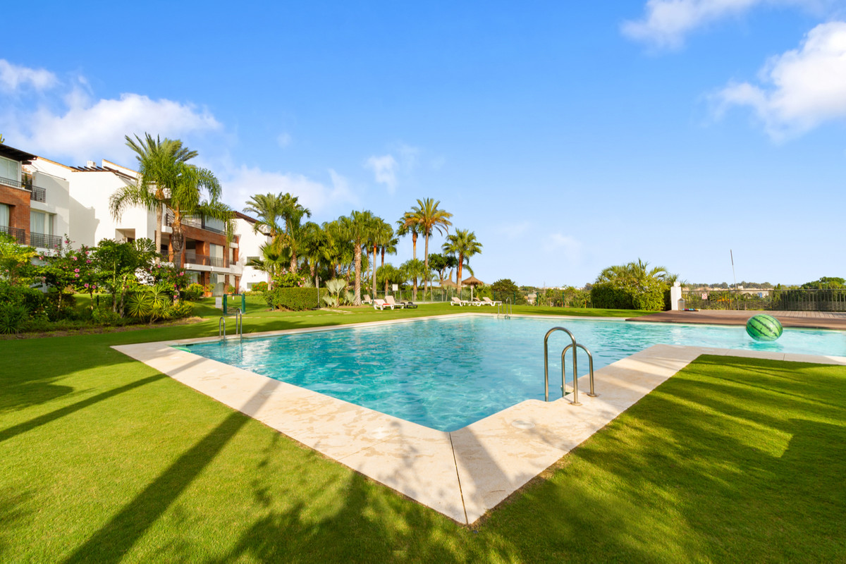 Ground Floor Apartment, Estepona, Costa del Sol. 2 Bedrooms, 2 Bathrooms, Built 106 m², Terrace 24 m,Spain