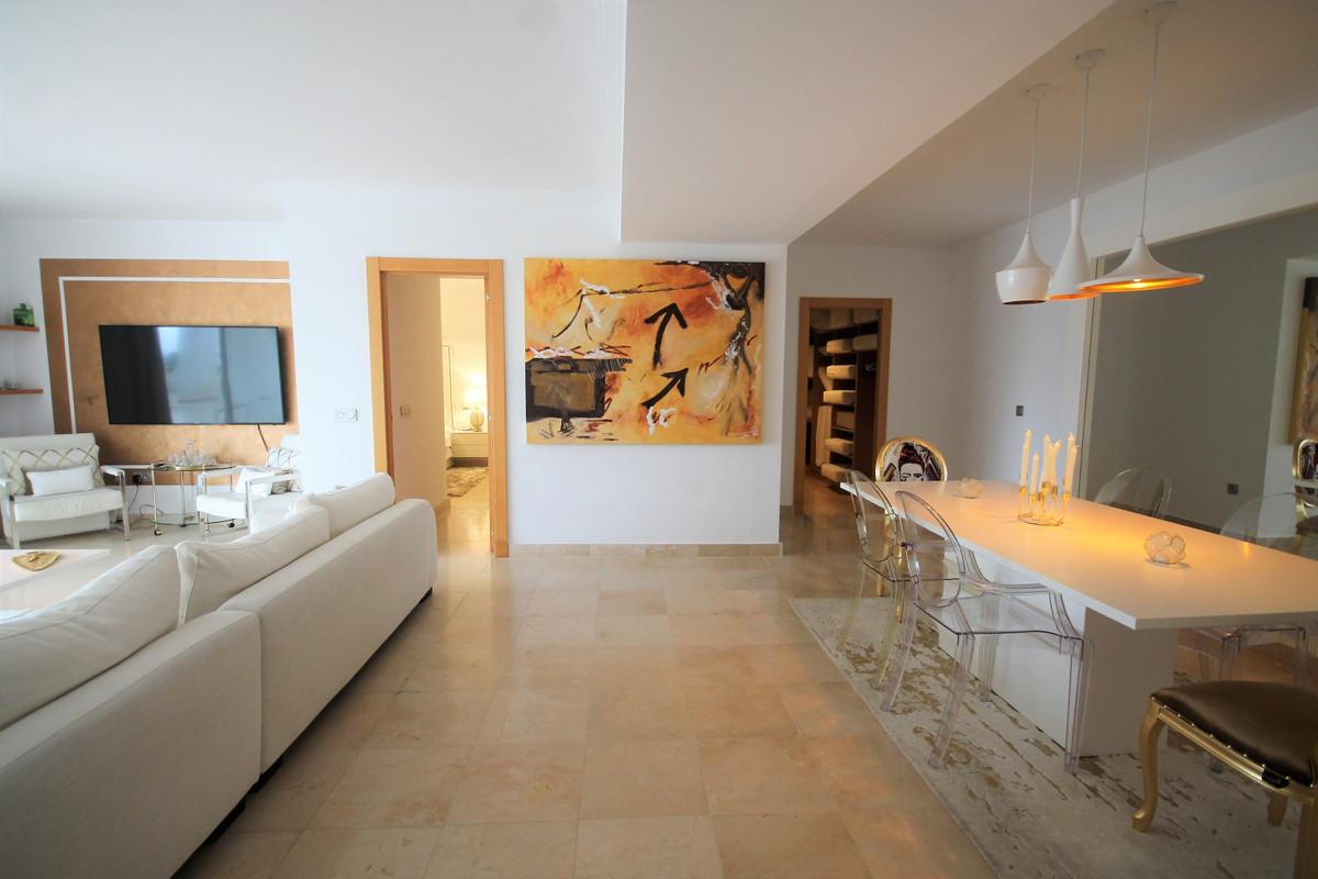 Appartement  Rez-de-chaussée en vente   à Benahavís