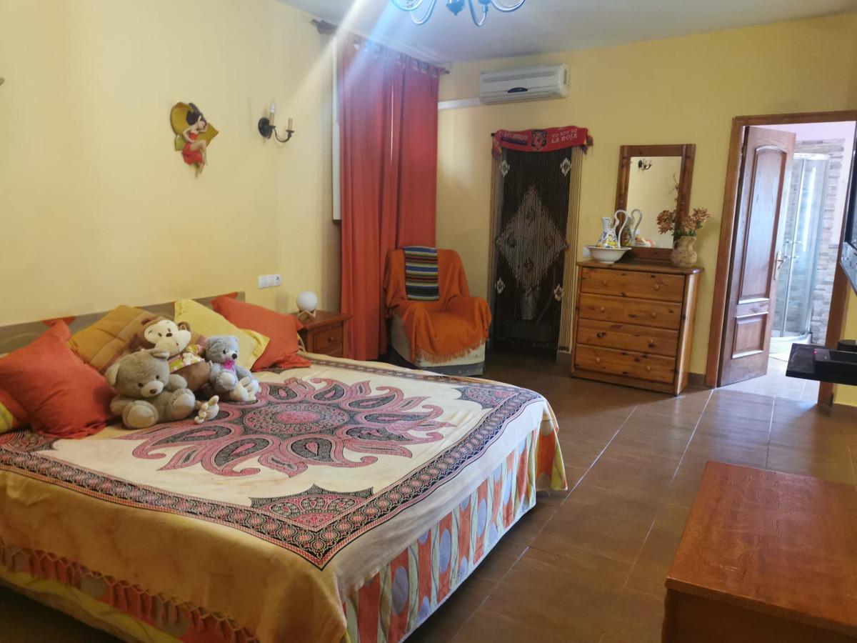 House in Alhaurín de la Torre R3759130 13