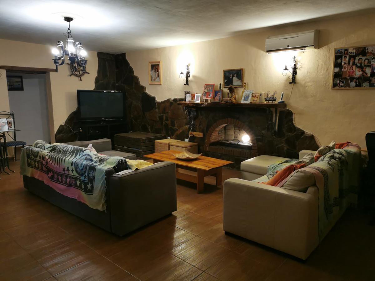 House in Alhaurín de la Torre R3759130 6