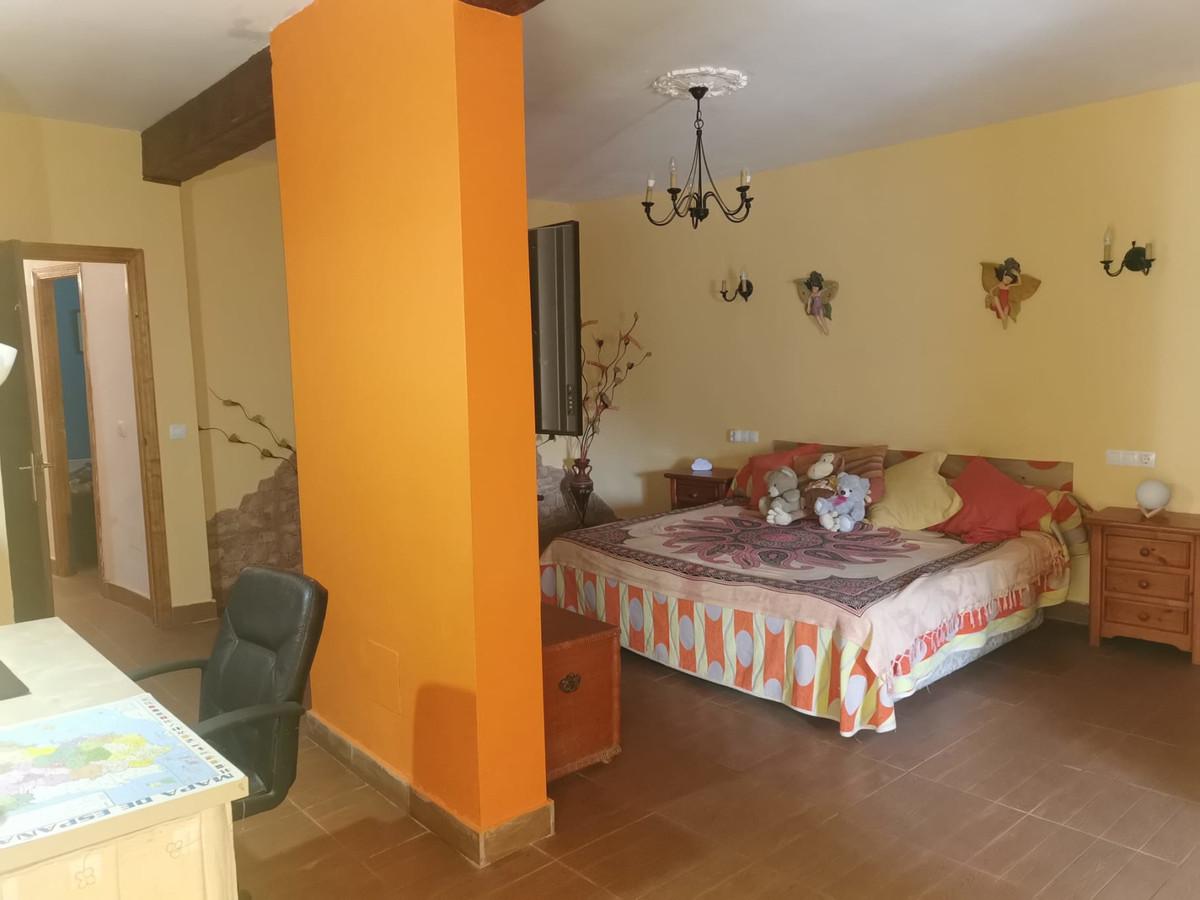 House in Alhaurín de la Torre R3759130 9