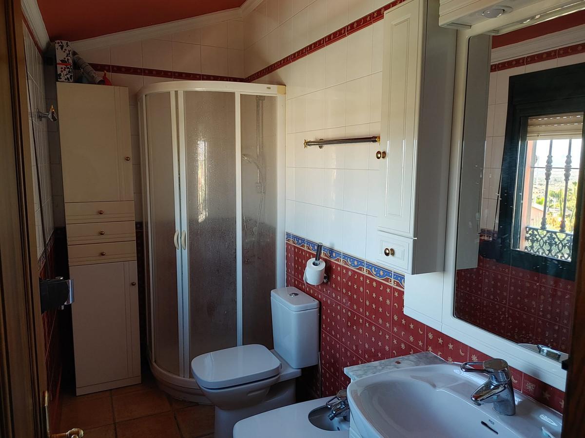House in Alhaurín de la Torre R3768493 9