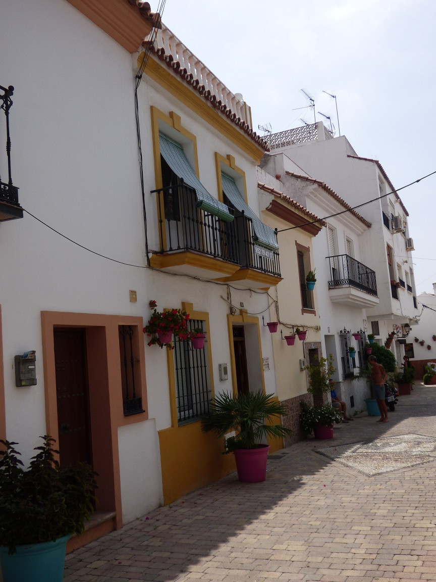 Townhouse in Estepona Village of 159 m² spread over 3 floors. Good investment for rent , it can be d,Spain