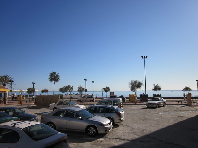 Sale of Townhouse on the beach front and 5 minutes from downtown and major businesses. renovated and,Spain