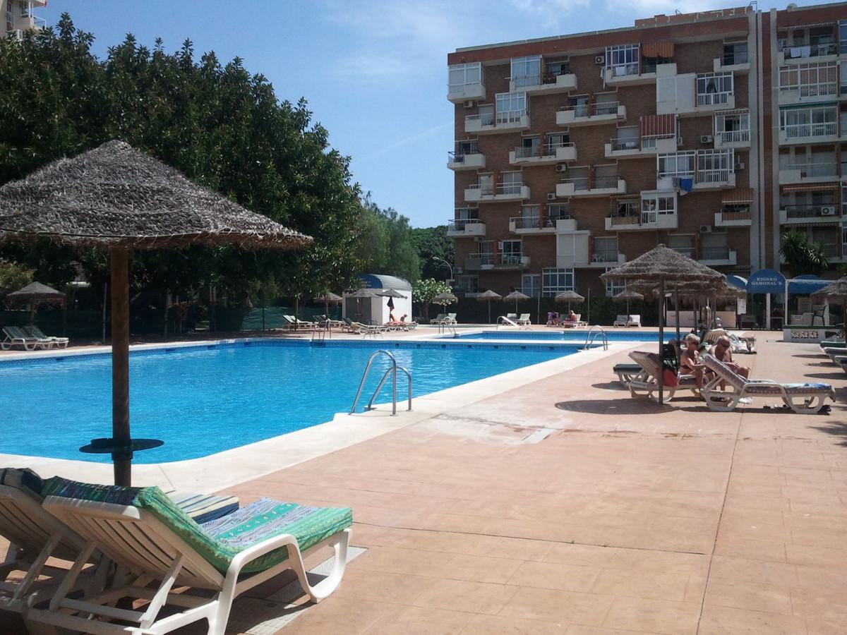 1 Bedroom Middle Floor Apartment For Sale Benalmadena Costa, Costa del Sol - HP3175450