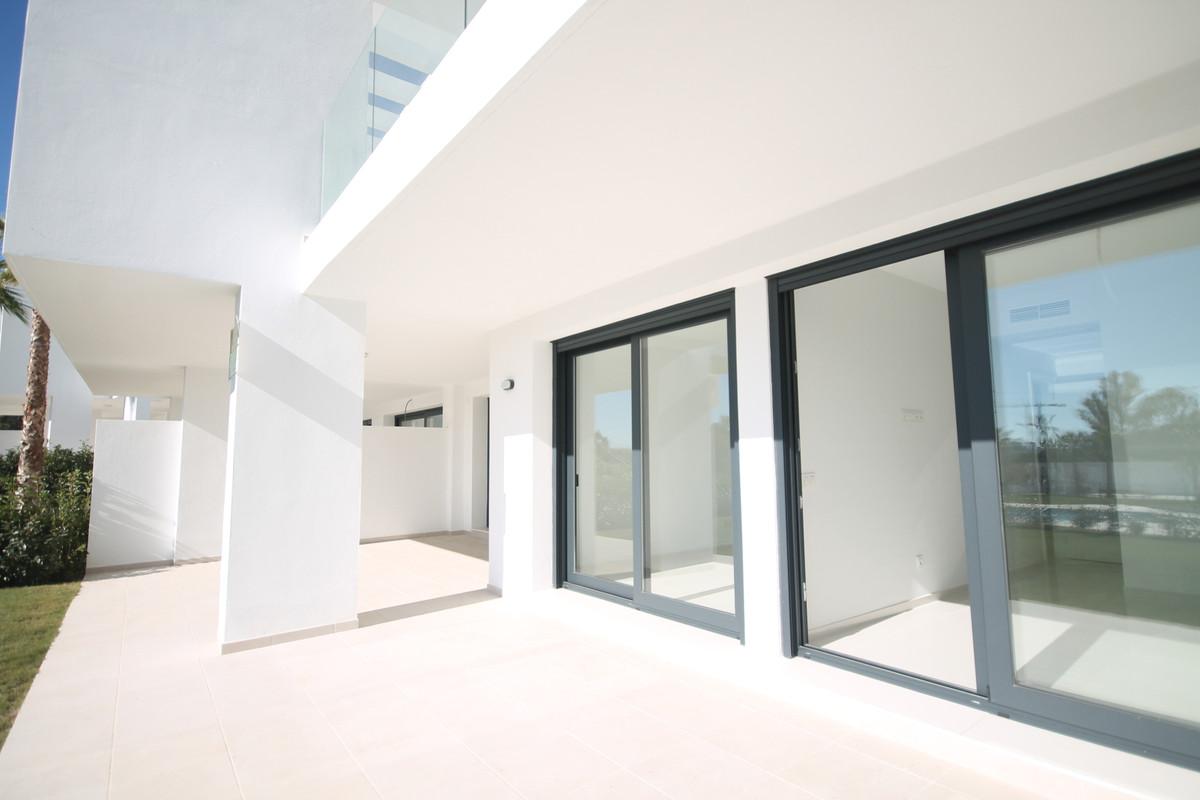 Ground Floor Apartment, Estepona, Costa del Sol. 2 Bedrooms, 2 Bathrooms, Built 107 m², Terrace 48 mSpain